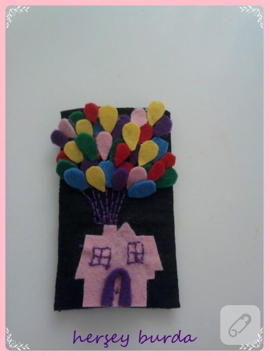 Keçe balonlu telefon kılıfı