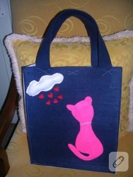 Romantik kedi aplikeli keçe çanta