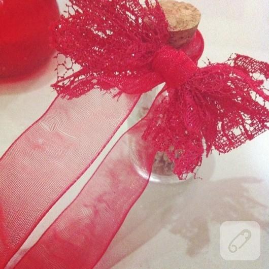 kına hediyelikleri kırmızı kurdeleli şişe