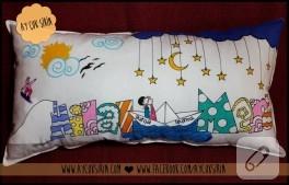Kumaş boyamalı isim yastığı