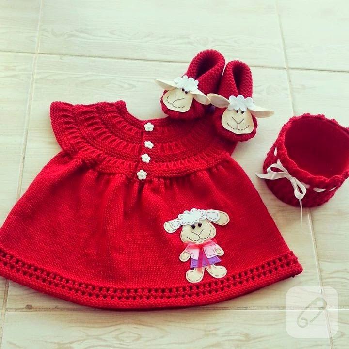kuzu-aplikeli-kirmizi-orgu-bebek-elbisesi