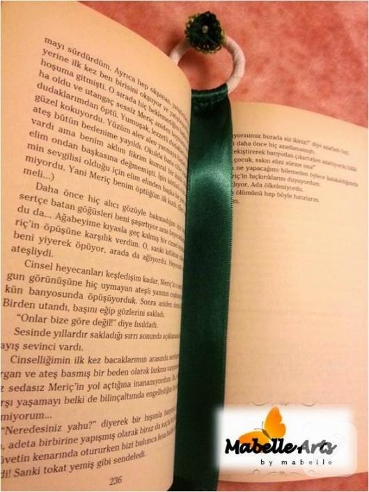 Saten kurdeleden kitap ayraçları