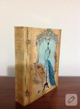 Vintage kitap ahşap kutu