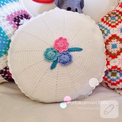 Yuvarlak dekoratif yastık