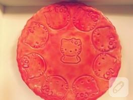 Hediyeli Hello Kitty'li seramik tabak