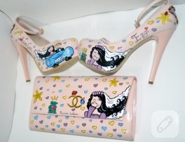 El boyaması ayakkabı ve çanta
