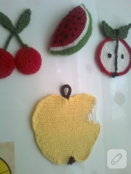 Örgü elma – magnet