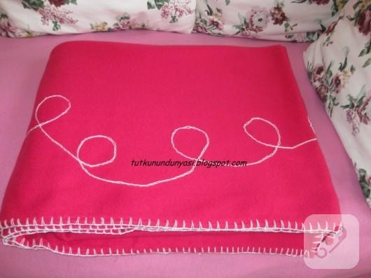 Tığ işi trabzanlı pembe polar battaniye