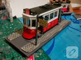 Minyatür nostaljik tramvay