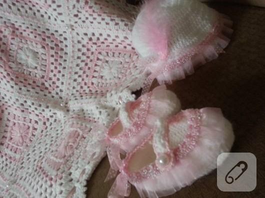 bebek-orguleri-motifli-bebek-battaniyesi