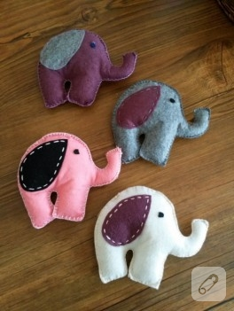 Keçe fil oyuncaklar