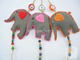 Nazar boncuklu keçe filler