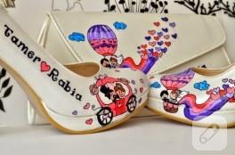 Uçanbalonlu düğün ayakkabı ve çantası