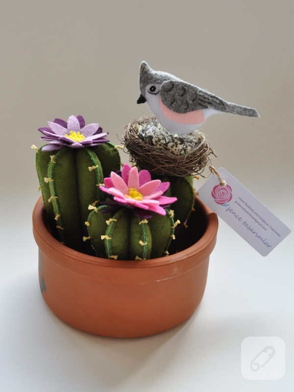 kece-cicek-yapimi-saksida-kaktus-ve-kus