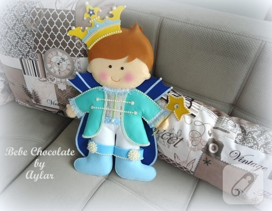 kece-prens-bebek-taki-yastigi