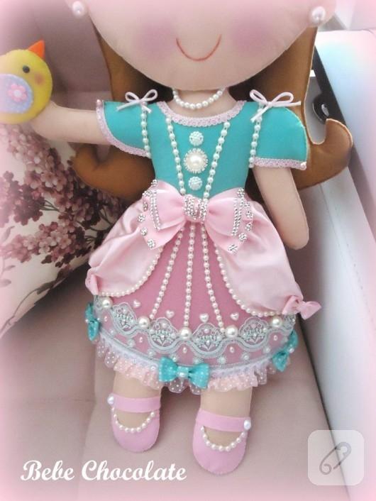 kece-prenses-bebekli-taki-yastigi-2