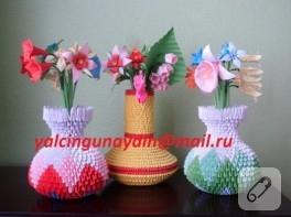 Origami vazo ve kağıt çiçekler