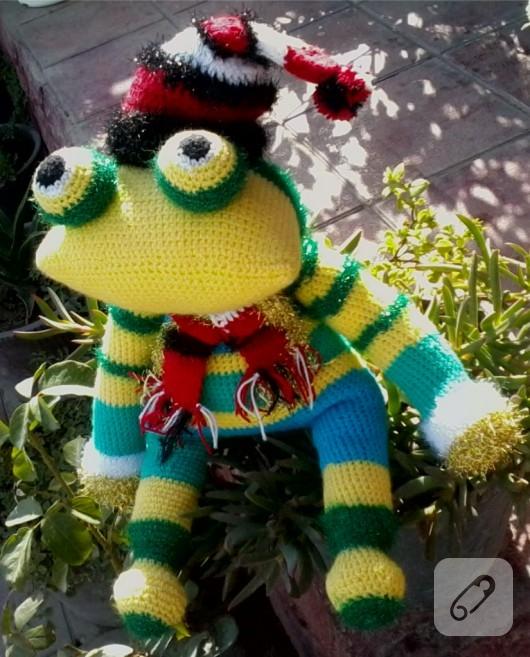 amigurumi-oyuncak-kurbaga