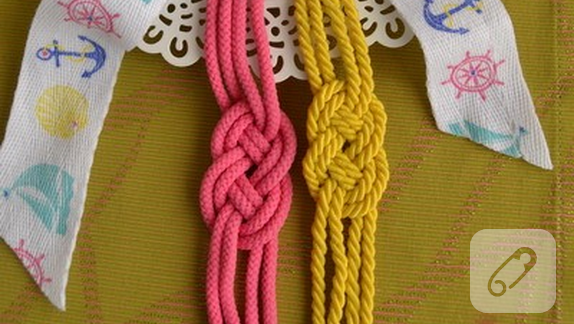 halat-ipten-renkli-spor-bileklik-yapim-asamalari