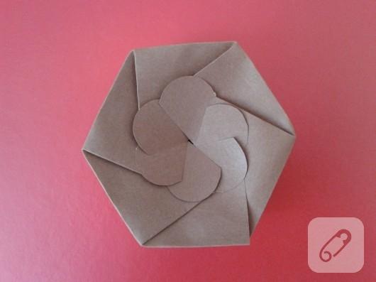 kartondan-hediye-kutusu-yapimi