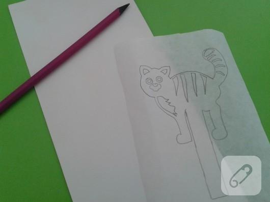 kartondan-kedili-kitap-ayraci-yapimi-3
