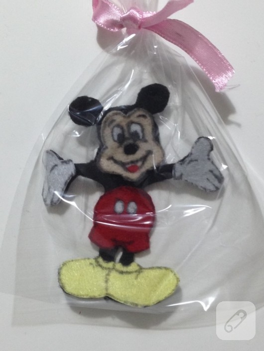 kece-mickey-mouse-magnet