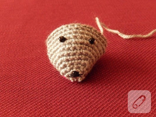amigurumi-oyuncak-fare-nasil-orulur-6