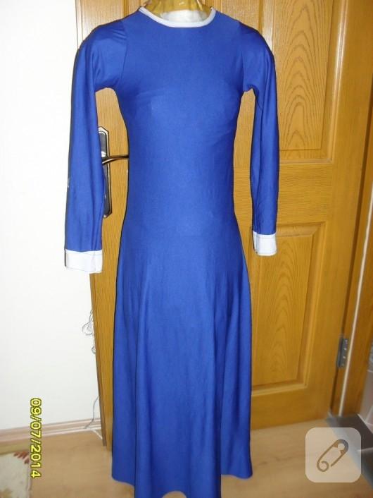 saks-mavisi-uzun-elbise