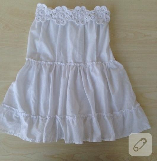 tig-isi-suslemeli-beyaz-cocuk-elbisesi-1