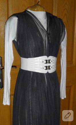 Az dikişli tül elbise