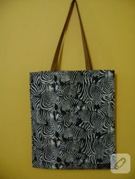 Kahverengi saplı zebra bez çanta