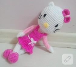 amigurumi-oyuncak-hello-kitty