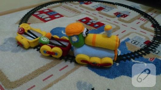 amigurumi-oyuncak-tren