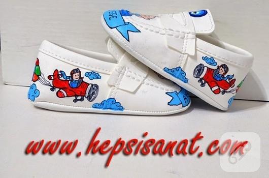 ayakkabi-boyama-bebek-ayakkabilari-