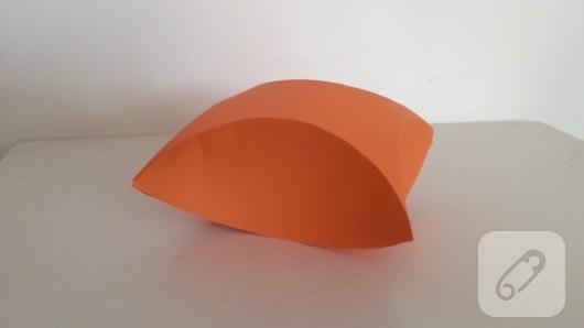 kartondan-anlatimli-hediye-kutusu-yapimi-4