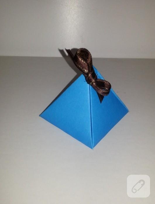 kartondan-hediye-kutusu-yapimi-7