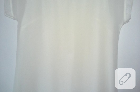yakasi-suslu-beyaz-sifon-bluz-dikis