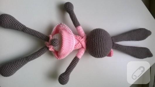 amigurumi-oyuncaklar-orgu-tavsan-1
