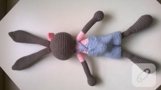 amigurumi-oyuncaklar-orgu-tavsan-6