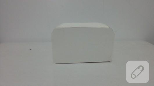 bavul-seklinde-kalpli-hediye-kutusu-yapimi-7