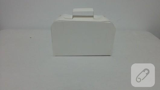bavul-seklinde-kalpli-hediye-kutusu-yapimi-8