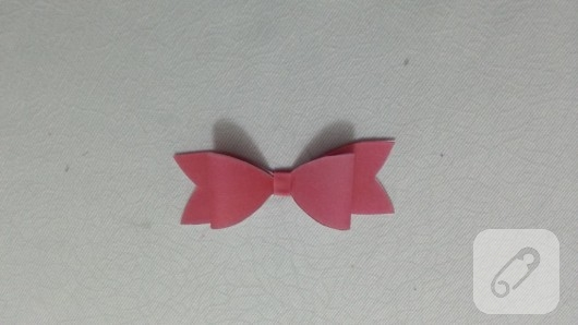 fiyonklu-hediye-kutusu-yapimi-9
