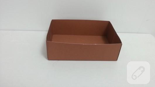 kartondan-bavul-seklinde-hediye-kutusu-yapimi-4