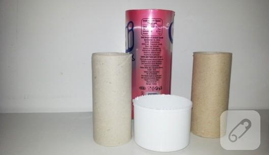 tuvalet-kagidi-rulosundan-kalemlik-yapimi-2