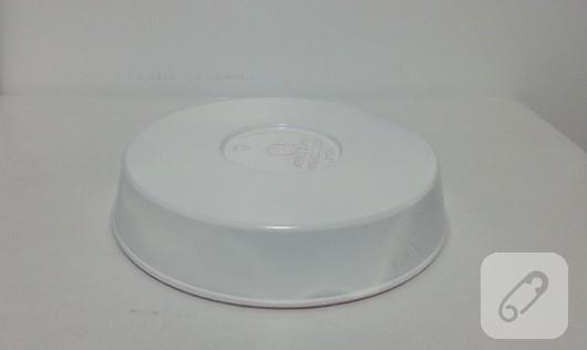 tuvalet-kagidi-rulosundan-kalemlik-yapimi-5
