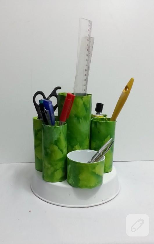 tuvalet-kagidi-rulosundan-kalemlik-yapimi-6