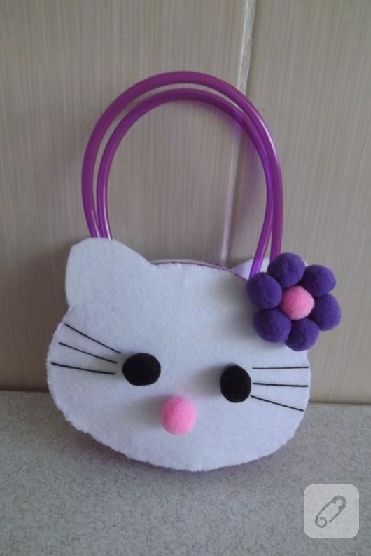 cocuklar-icin-hello-kitty-canta-1