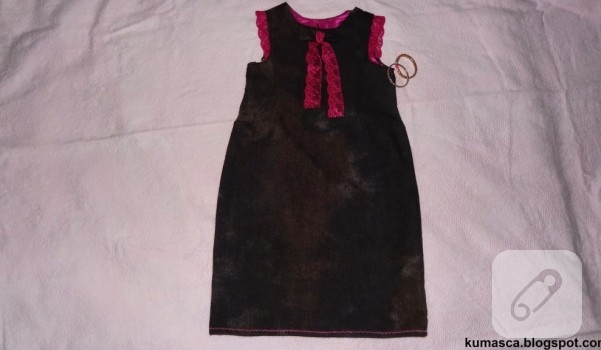 dantel-detayli-kislik-cocuk-elbisesi