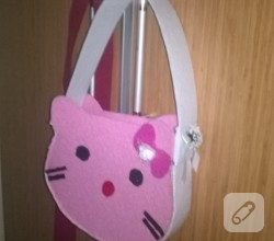 keceden-pembe-hello-kitty-cantasi-