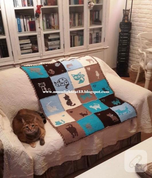 kedi-motifli-orgu-battaniye-modeli